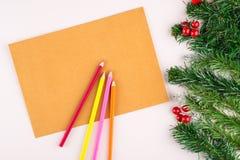 Decoración en blanco de la libreta y de la Navidad fotografía de archivo