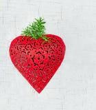 Decoración en forma de corazón roja de la Navidad Foto de archivo libre de regalías