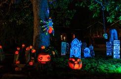 Decoración estupenda de Halloween en la avenida de Alegría, Sierra Madre Foto de archivo
