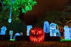 Decoración estupenda de Halloween en la avenida de Alegría, Sierra Madre Imagenes de archivo