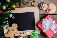 Decoración festiva, galleta de la Navidad y Año Nuevo en la forma o Fotografía de archivo libre de regalías