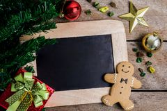 Decoración festiva, galleta de la Navidad y Año Nuevo en la forma o Imágenes de archivo libres de regalías