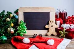 Decoración festiva, galleta de la Navidad y Año Nuevo en la forma o Fotos de archivo