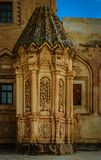 Decoración floral en una de las paredes del palacio de Ishak Pasha imagen de archivo