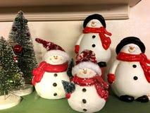 Decoración hecha en casa del muñeco de nieve para la Navidad Fotos de archivo libres de regalías