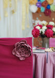 Decoración hermosa para una celebración de la boda en restaurante Foto de archivo