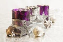 Decoración púrpura de la Navidad Fotografía de archivo libre de regalías