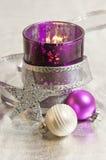 Decoración púrpura de la Navidad Imágenes de archivo libres de regalías