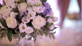 Decoración para el banquete de boda en palacio metrajes