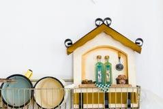 Decoración para la cocina en casa vieja Imagen de archivo libre de regalías