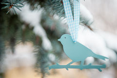 Decoración plástica del árbol del pájaro Fotografía de archivo libre de regalías