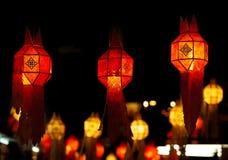 Decoración roja de la linterna durante Año Nuevo chino Imagenes de archivo