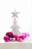 Decoración rosada y de plata de la Navidad Foto de archivo
