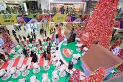Decoración Snoopy de la Navidad de Hong Kong APM Imagen de archivo