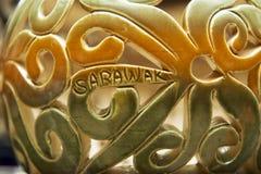 Decoración tribal en los recuerdos tradicionales, Kuching, Sarawak, Malasia de los motivos Fotografía de archivo libre de regalías