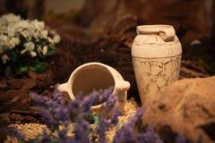 Decoración y arte de cerámica de los jarros de la arcilla de los floreros Imagen de archivo