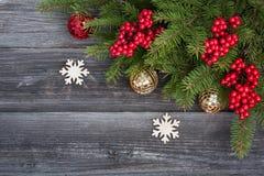 Decoración y copos de nieve de la Navidad Imágenes de archivo libres de regalías