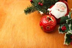 Decoración y santa de la Navidad Foto de archivo