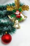 Decoración de la Navidad en el fondo blanco Imagen de archivo libre de regalías