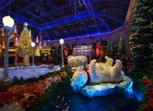 Decoración de la Navidad en el invernadero del hotel de Bellagio y el jardín botánico Foto de archivo