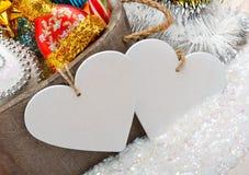 Decoración de la Navidad, ramita del pino, tarjeta para el texto, chuchería de la Navidad Fotografía de archivo libre de regalías
