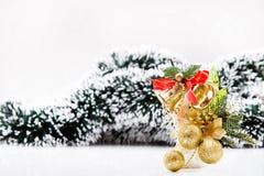 Decoración de las campanas y de las bolas de la Navidad Imagen de archivo