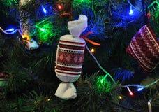 Decoraciones Año Nuevo y la Navidad tree_3 Imágenes de archivo libres de regalías