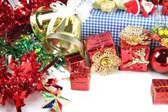Decoraciones accesorias en la Navidad o el Año Nuevo. Fotos de archivo libres de regalías