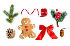 Decoraciones aisladas de la Navidad, endecha del plano Composición de la Navidad imagenes de archivo