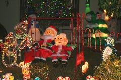 Decoraciones al aire libre de la Navidad imágenes de archivo libres de regalías
