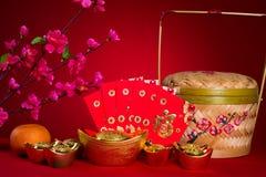 Decoraciones chinas del festival del Año Nuevo, prisionero de guerra del ANG o paquete rojo y Fotografía de archivo