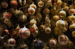 Decoraciones de cristal de la Navidad fotografía de archivo
