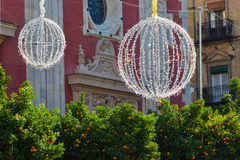 Decoraciones de la calle de la Navidad Fotografía de archivo
