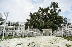 Decoraciones de la ceremonia de boda Fotos de archivo libres de regalías