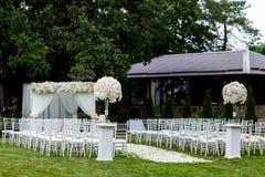 Decoraciones de la ceremonia de boda Imagen de archivo