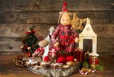Decoraciones de la Navidad Alces, linterna, galletas del pan de jengibre, walnu Imagen de archivo libre de regalías