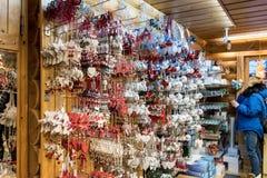 Decoraciones de la Navidad cerca de Rovaniemi en Laponia, Finlandia imágenes de archivo libres de regalías