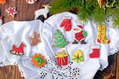 Decoraciones de la Navidad con las galletas de la Navidad Fotografía de archivo