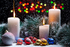 Decoraciones de la Navidad con las velas Fotos de archivo libres de regalías