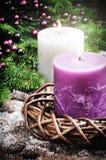 Decoraciones de la Navidad con las velas Imagen de archivo