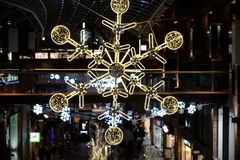 Decoraciones de la Navidad de la alameda Foto de archivo libre de regalías