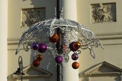 Decoraciones de la Navidad de la ciudad de la ciudad Fotografía de archivo