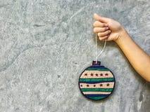 Decoraciones de la Navidad de DIY del papel de la cartulina Imagen de archivo