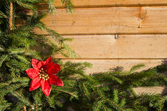 Decoraciones de la Navidad en el fondo del abeto Fotos de archivo libres de regalías