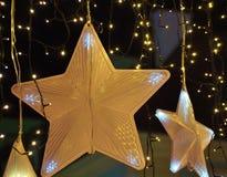 Decoraciones de la Navidad en la ciudad Imagen de archivo libre de regalías