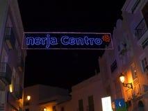 Decoraciones de la Navidad en la ciudad de Nerja España Fotos de archivo libres de regalías