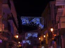 Decoraciones de la Navidad en la ciudad de Nerja España Imágenes de archivo libres de regalías