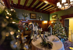 Decoraciones de la Navidad en la mansión de Pittock Fotografía de archivo libre de regalías