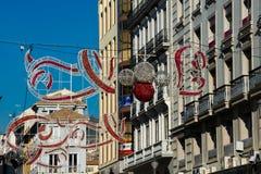 Decoraciones de la Navidad en las calles de Granada Fotografía de archivo libre de regalías
