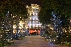 Decoraciones de la Navidad en Mónaco, Monte Carlo, Francia Foto de archivo libre de regalías